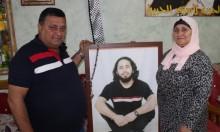 والدة الأسير إبراهيم بكري: قضية أسرى الحرية مُغيبة