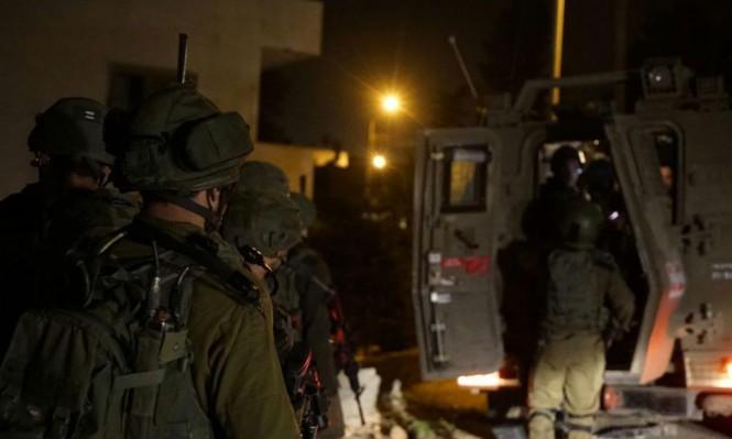 الاحتلال يعتقل 24 فلسطينيا بالضفة والقدس ويستهدف الصيادين بغزة