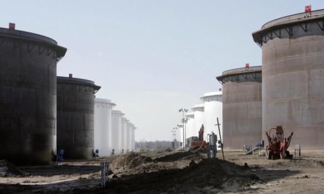النفط يستمر بالصعود وسط توقعات برفض ترمب للاتفاق النووي