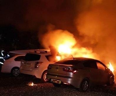 حيفا: اندلاع النار في 4 سيارات