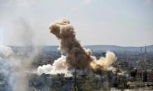 سورية: استكمال تهجير القلمون وقصف حماة وإدلب واشتباكات في حمص