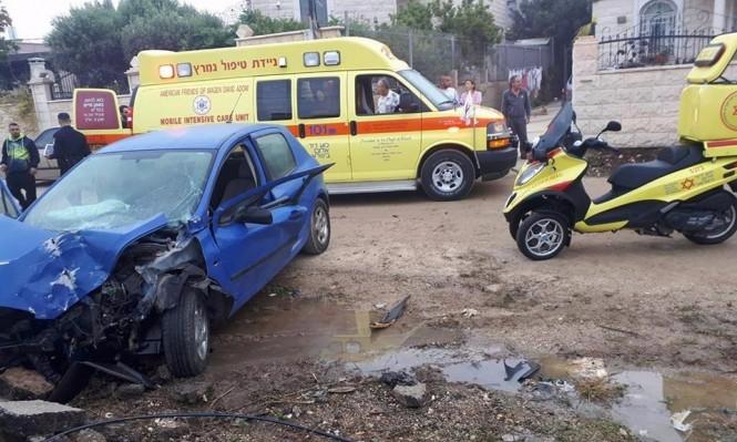 جديدة المكر: إصابة خطيرة لشاب اصطدمت سيارته بحائط