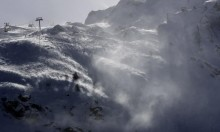 مصرع 4 متسلقين بجبال الألب السويسرية بسبب الطقس