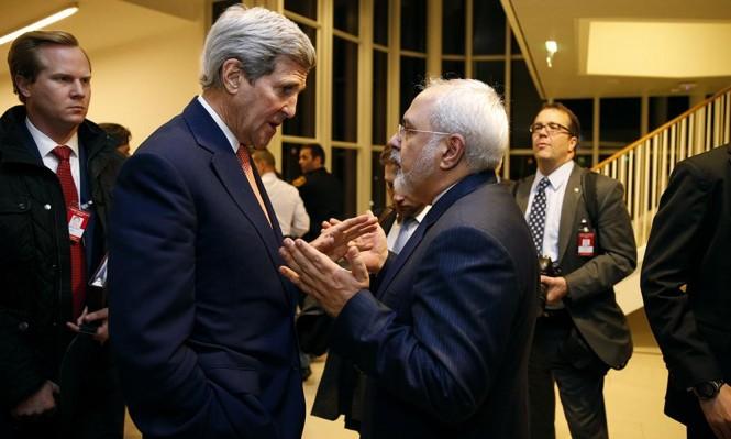 كيري يجتمع مع ظريف لإنقاذ الاتفاق النووي