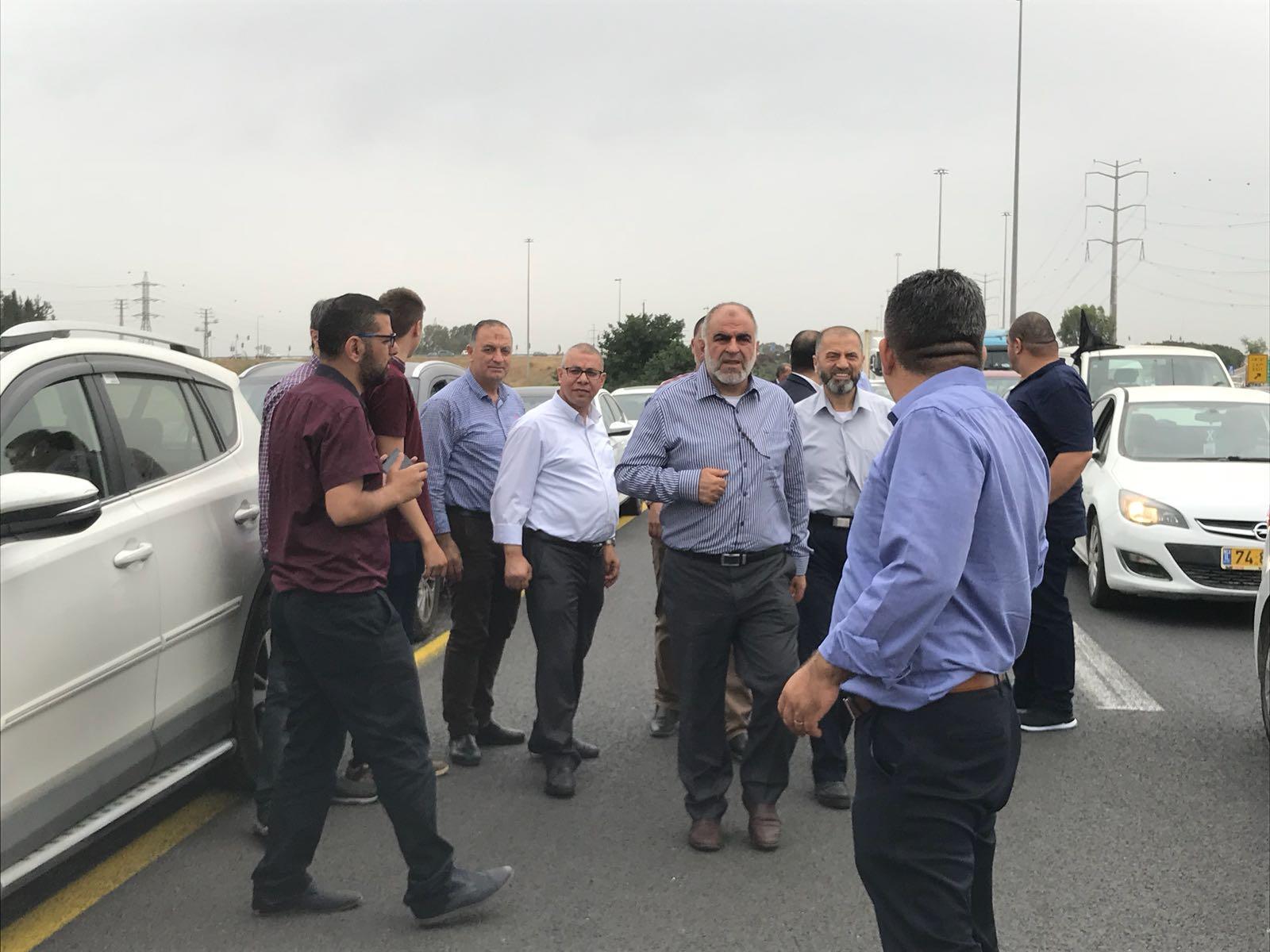 مسيرة سيارات وتظاهرة أمام مكتب نتنياهو احتجاجا على جرائم القتل