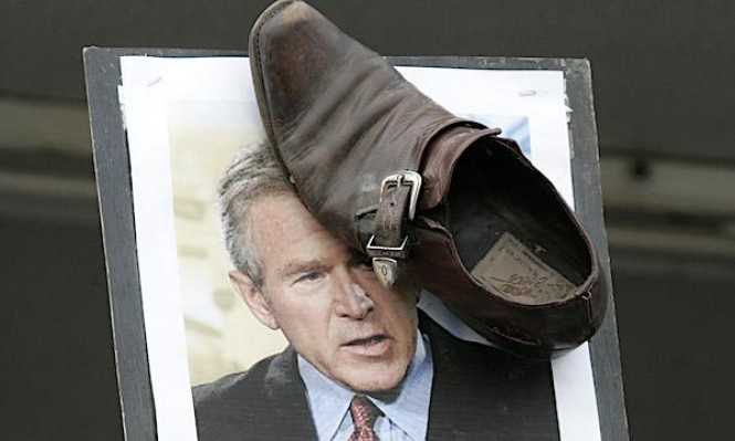 راشق رئيس أميركي بالحذاء مرشحًا للانتخابات العراقية