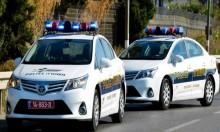 الشرطة تحقق مع رئيس بلدية ومقربيه بشبهات بينها السرقة