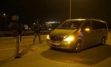 اعتقال 21 فلسطينيا ومصادرة أموال وسيارة لأسيرين محررين