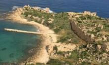 تحذيرات من السباحة في شواطئ حيفا حتى جسر الزرقاء