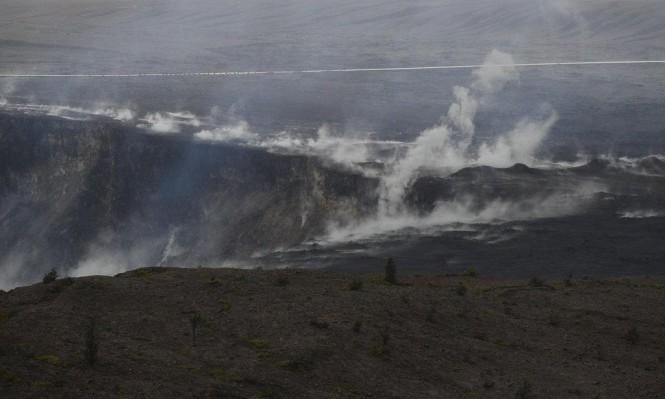 هاواي وإندونيسيا تواجهان ثوران البراكين