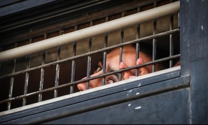 المُعتقَلون الفلسطينيون الإداريون يُقاطعون عيادات سجون الاحتلال