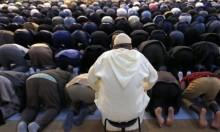 اتفاق استقدام الأئمة العرب في رمضان يشغل اليمين الفرنسي