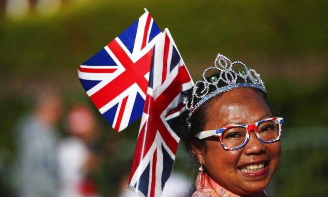 بريطانيا تستعد اليوم لزفاف الأمير هاري