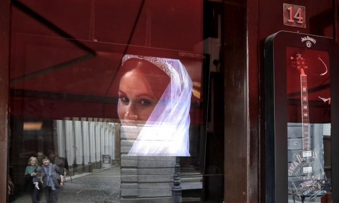 العالم العربي يتفاعل مع الزفاف الملكي البريطاني على طريقته
