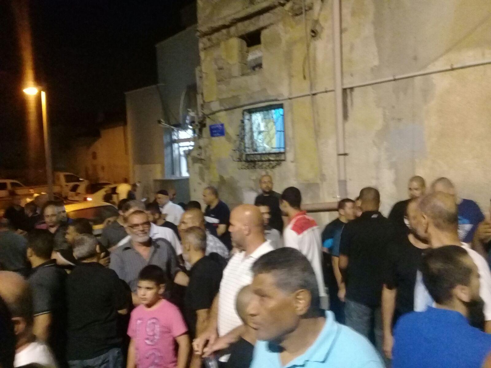 يافا: وقفة احتجاجية إثر إحراق سيارتين