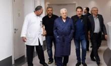 أول ظهور لعباس بالمستشفى بعد إصابته بالتهاب رئوي