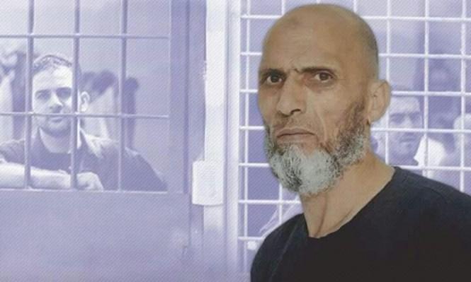 الشهيد الأسير عويسات تعرض للضرب المبرح من 10 سجانين