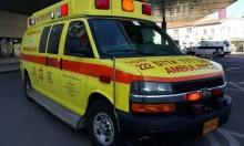 حيفا: إصابة عامل سقط عليه جسم ثقيل في مصنع