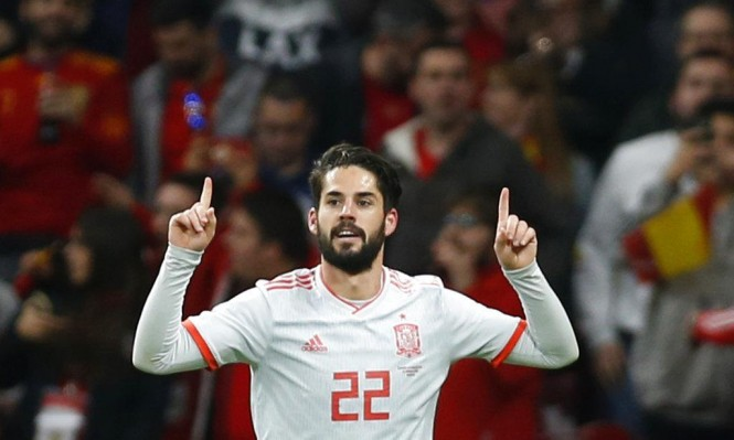 بطاقة لاعب: الإسباني إيسكو