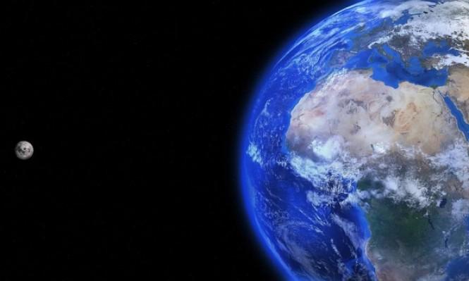 استمرار ابتعاد القمر يطيل ساعات اليوم على الأرض