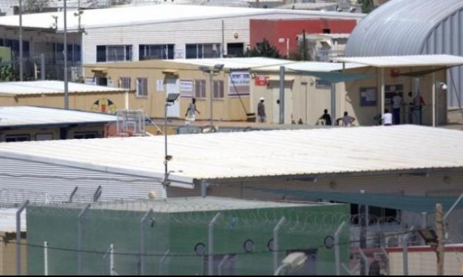 الاحتلال يقرر نقل أسرى فلسطينيين إلى سجن طالبي اللجوء
