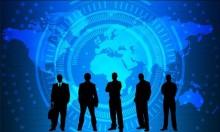 بريطانيا: قانون يقضي بكشف الشركات لرواتب مدراءها