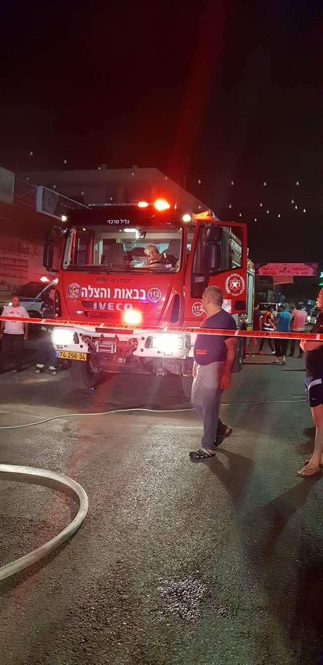 مجد الكروم: حريقان في محل تجاري وسيارة