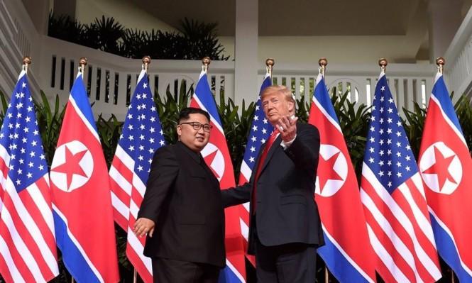 ترامب وكيم يوقعان وثيقة لنزع السلاح النووي