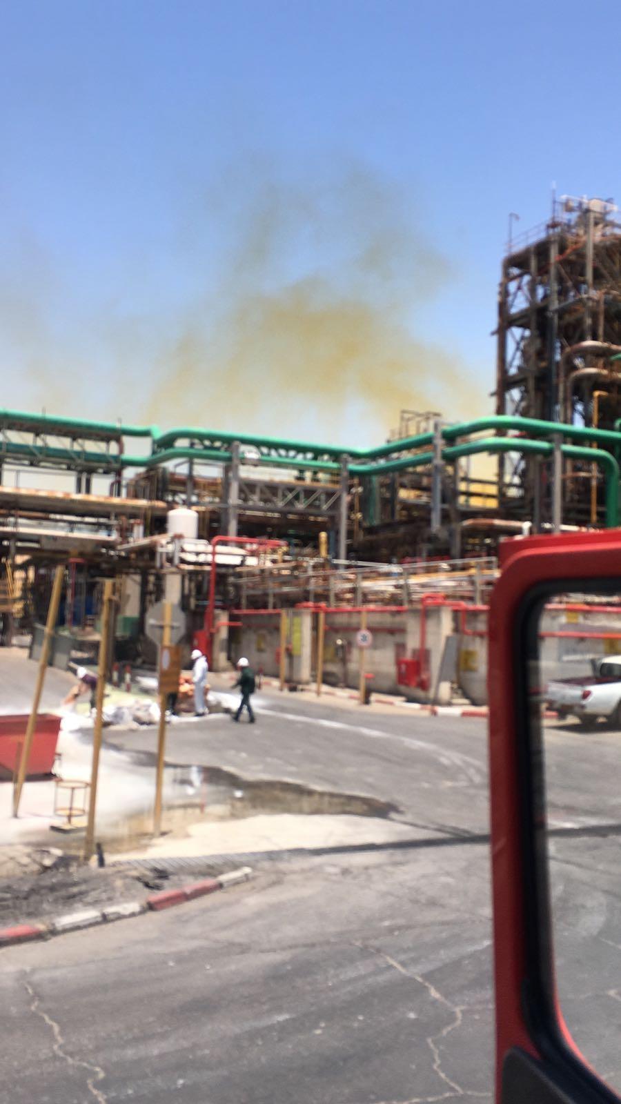 البحر الميت: تسرب مواد كيميائية من مصانع إنتاج المعادن
