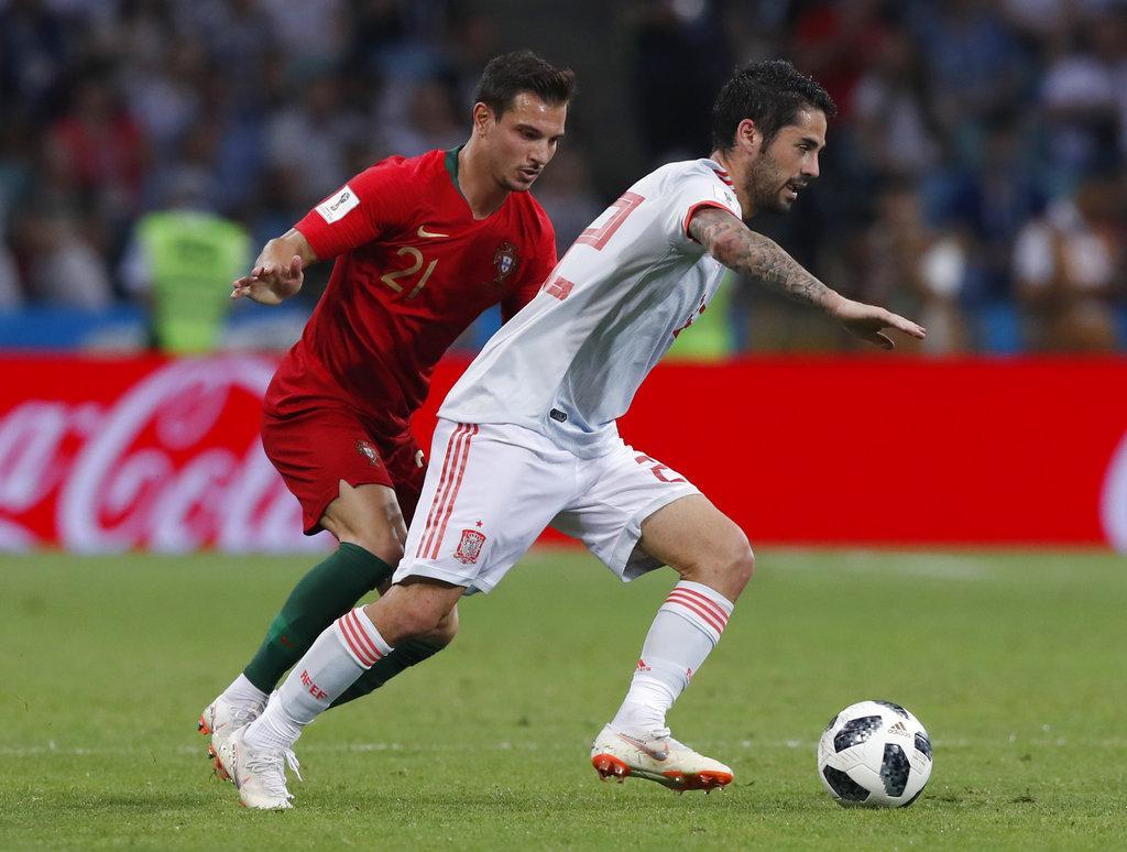 هاتريك لكريستيانو: تعادل مثير بين إسبانيا والبرتغال