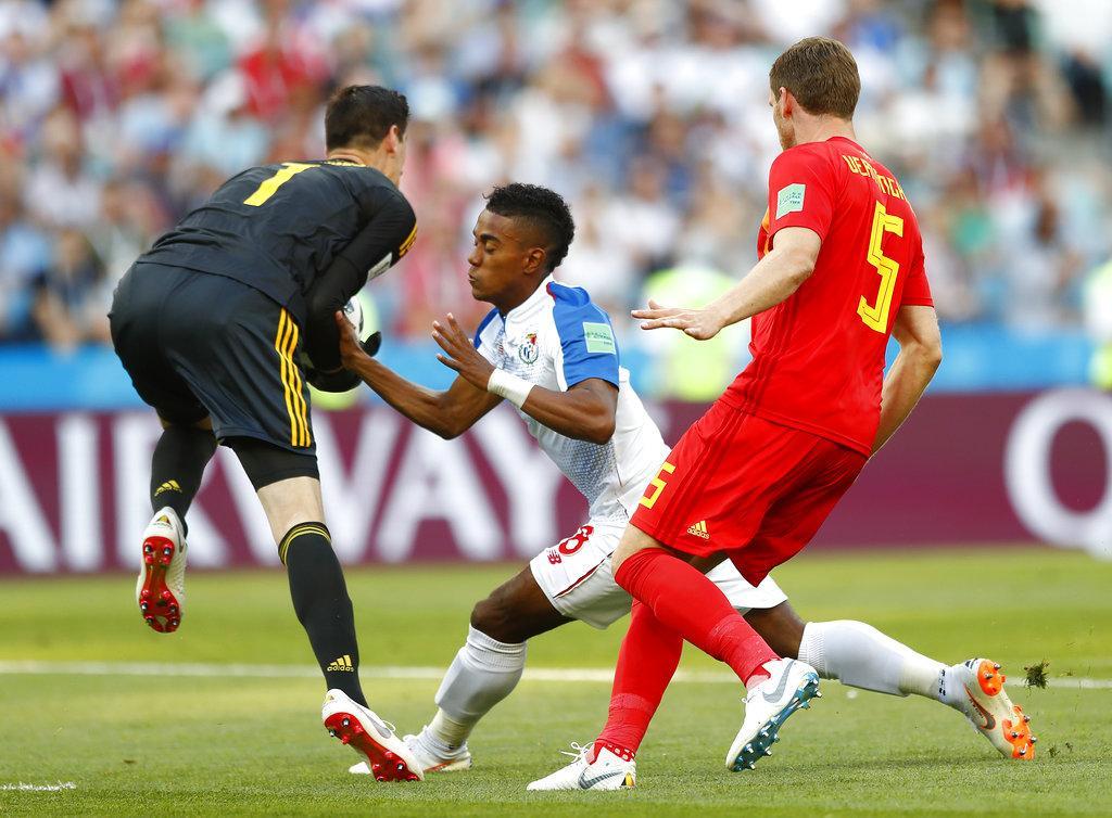 بلجيكا تستهل مشوارها بالمونديال بفوز ساحق