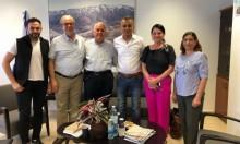زحالقة يلتقي رئيس جامعة حيفا بشأن القبول للتمريض واللافتات بالعربية