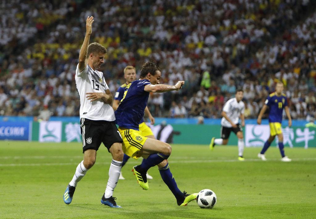 كروس يقود ألمانيا لفوز دراماتيكي على السويد