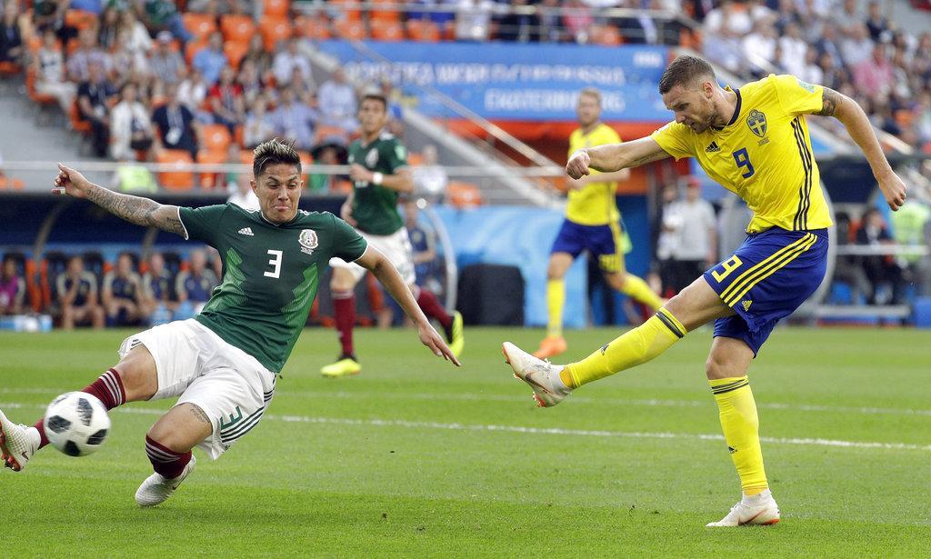 السويد والمكسيك تتأهلان لثمن نهائي المونديال