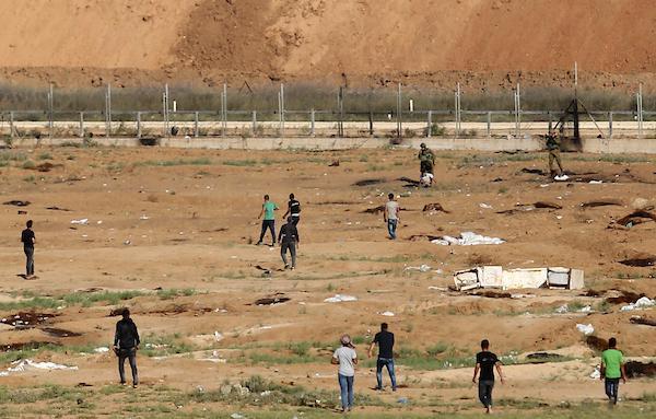 غزة: إصابة 5 فلسطينيين برصاص الاحتلال
