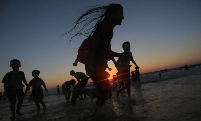 شاطئ غزة ينبض بالحياة