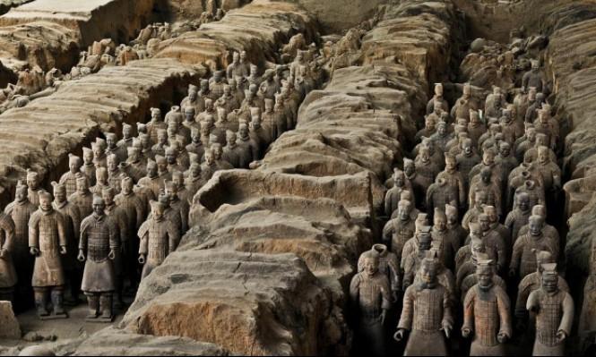 جيش الطين العظيم ينتظر إشارة الإمبراطور منذ 22 قرنا