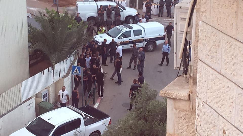 مواجهات واعتقالات خلال هدم منزلين في جلجولية