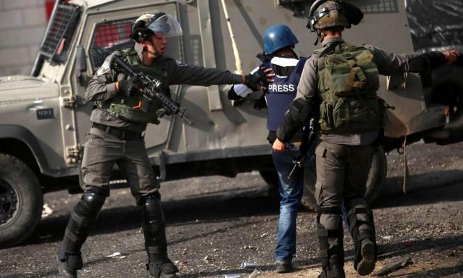 54 انتهاكا للاحتلال و74 للسلطة بحق الصحافيين  الفلسطينيين