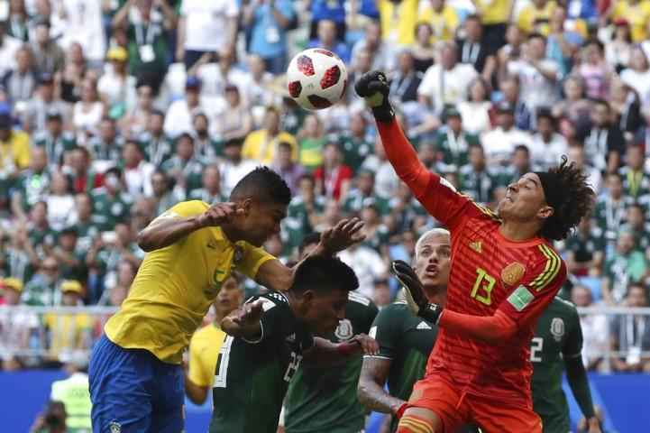 البرازيل تبلغ ربع نهائي المونديال بفوزها على المكسيك
