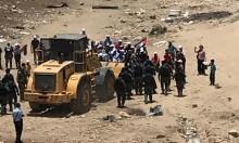 """""""المشتركة"""": إسرائيل تقترف جريمة حرب وتطهير عرقي في خان الأحمر"""