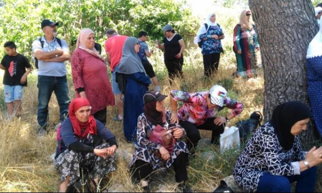 """""""راجعة مع عيلتي"""": جولة في قرية سحماتا المهجرة"""