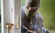 لصٌ يسرق منزلا ويترك رسالة اعتذار