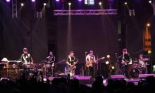 """""""خارج الأمم"""": فرقة تحوّل الأماكن والبلاد إلى مقطوعات موسيقية"""