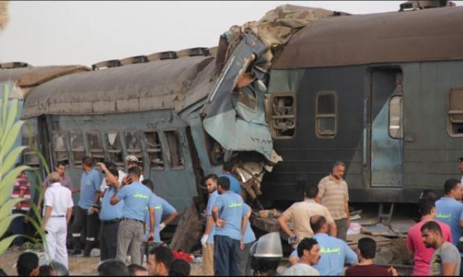 55 مصابا بانقلاب عربات بقطار في القاهرة