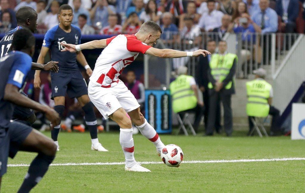 للمرة الثانية في تاريخها: فرنسا تتوّج بكأس العالم