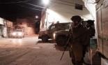 حملة اعتقالات ومداهمات للاحتلال بالضفة ومواجهات بالجلزون