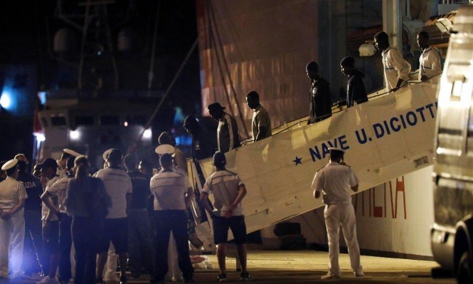 دعوات بدول أوروبية لفتح الحدود أمام المهاجرين