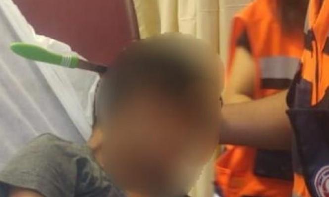 اشتباه: امرأة ألقت سكينا فأصابت ابنها