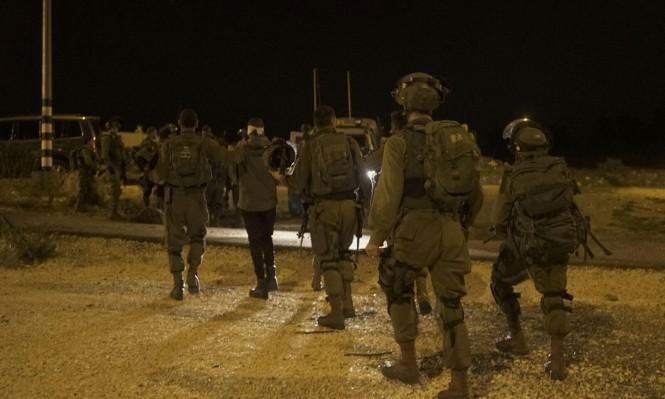 الاحتلال يعتقل 16 فلسطينيا بالضفة ويتوغل بغزة